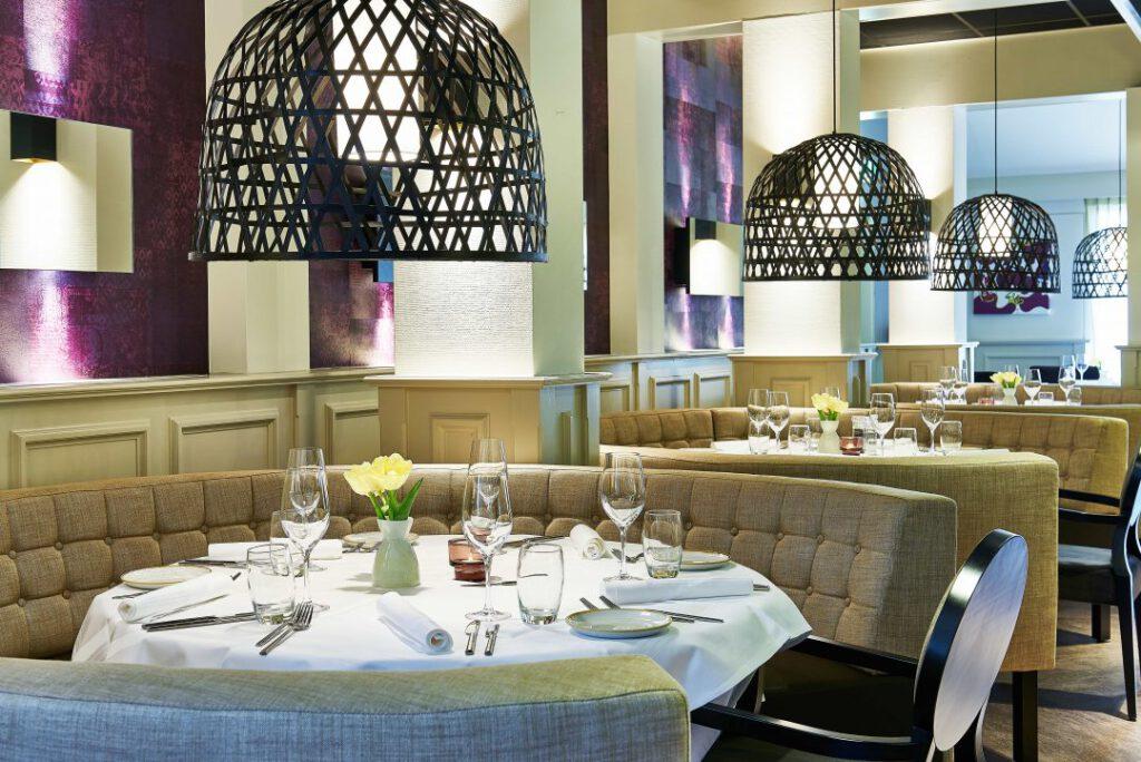 hotel emmen restaurant